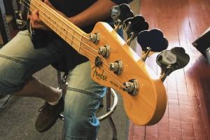 Fender Precision Drummond Musique